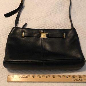 Very nice black leather handbag
